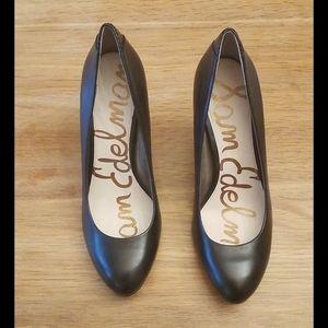 Women heels 7US